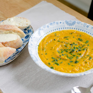 Slow Cooker Carrot & Coriander Soup