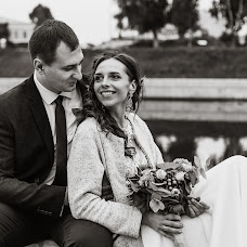 Wedding photographer Anya Piorunskaya (Annyrka). Photo of 01.10.2017