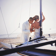 Wedding photographer Mikhail Leschenko (redhuru). Photo of 18.05.2015