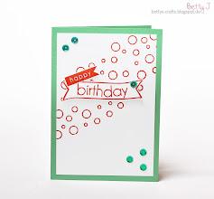 Photo: http://bettys-crafts.blogspot.de/2014/05/happy-birthday-die-siebte.html