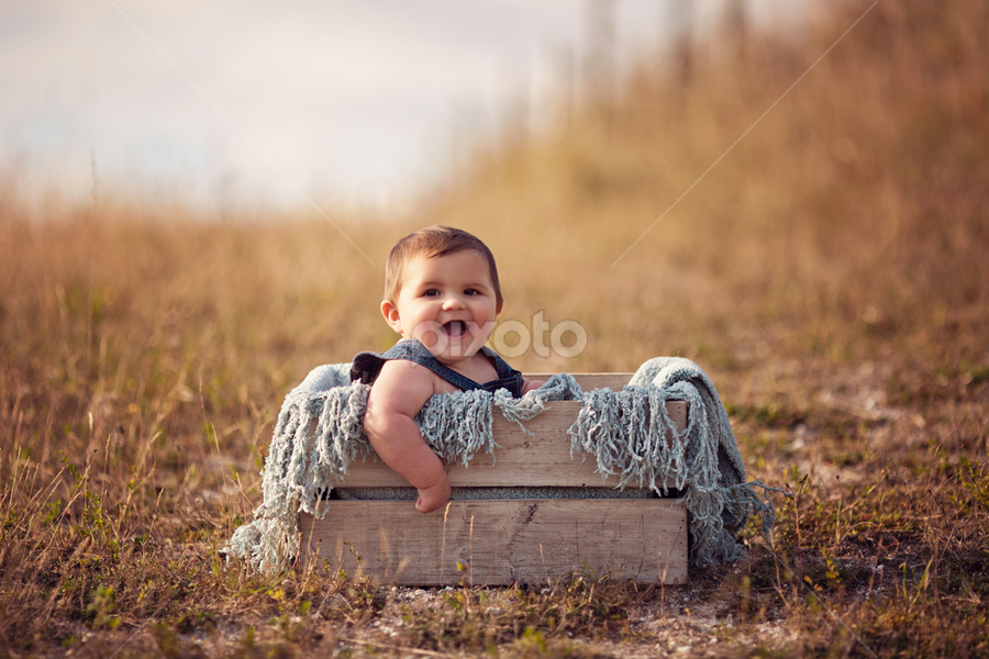 Beau by Claire Conybeare - Chinchilla Photography - Babies & Children Babies