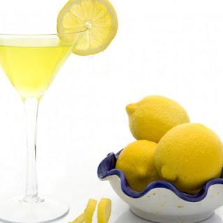 Lemon Drop Cocktail.