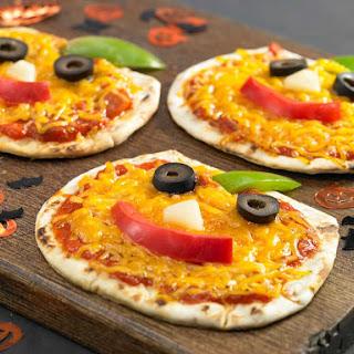 Jack-o-Lantern Foldit® Pizza