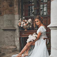 Wedding photographer Yulya Kamenskaya (kamensk). Photo of 19.09.2017