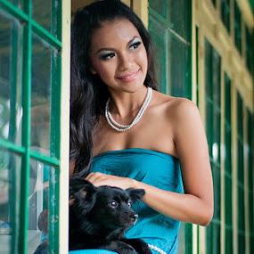 With my friend by Yanuar Nurdiyanto - People Portraits of Women ( pwcwindow-dq )