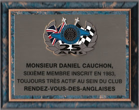 Photo: Plaque remise à Daniel Cauchon