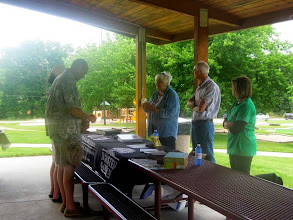 Photo: Master Gardeners Answer Questions