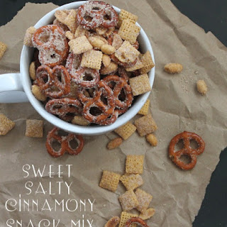 Sweet Salty Cinnamony Pretzel Snack Mix