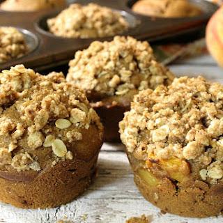 Healthy Peach Breakfast Muffins