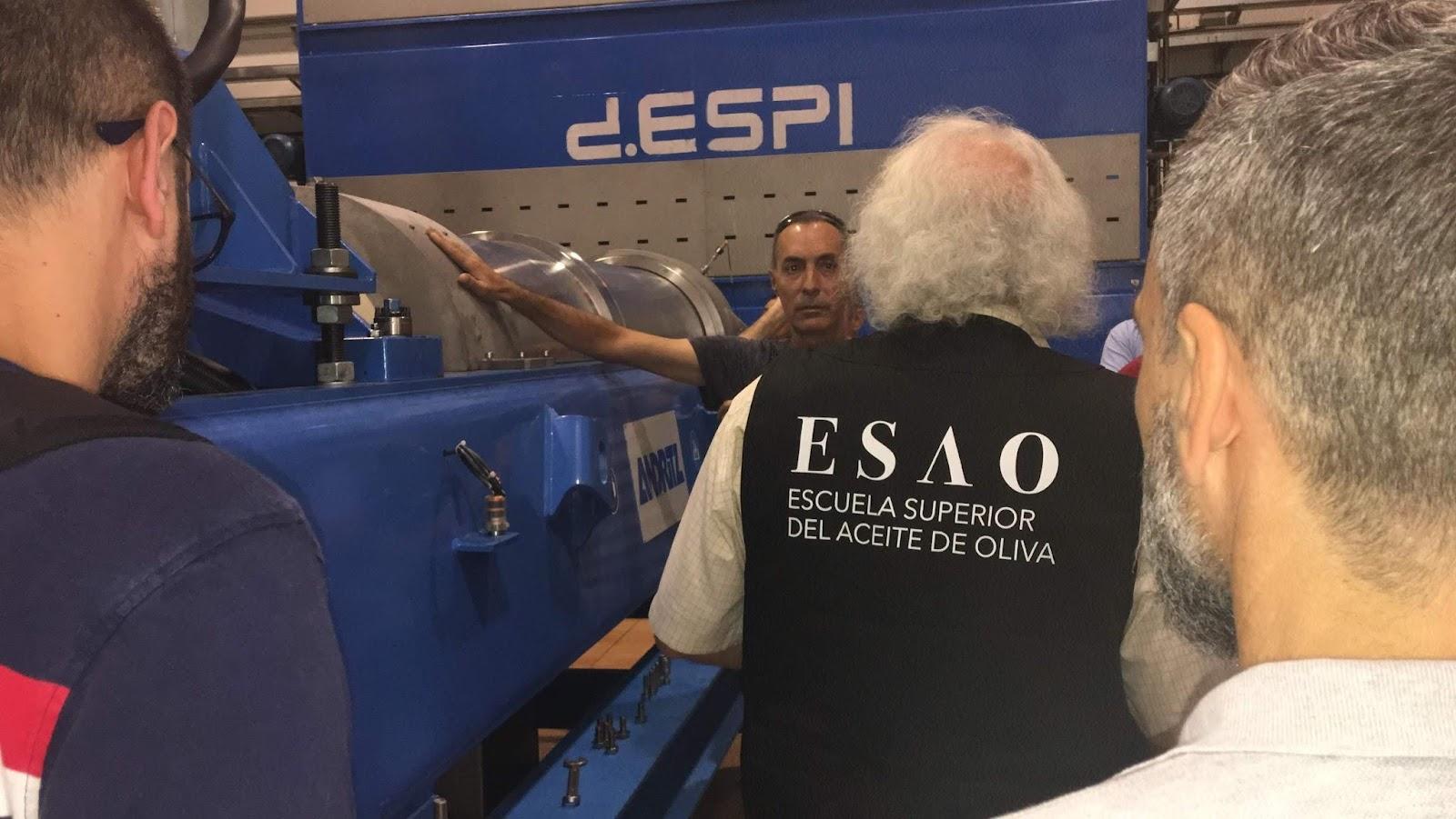 ESAO Olive Oil Master Miller