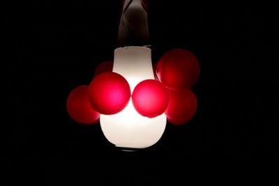 Bolle di luce rossa di losire