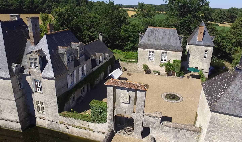 Château classé monument historique Tours
