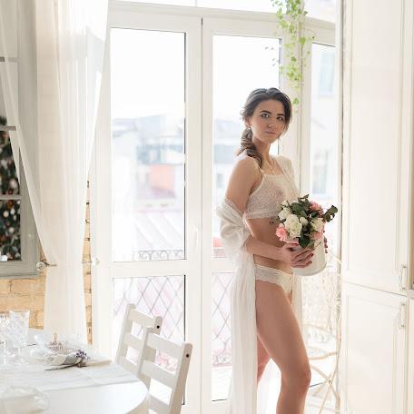 Wedding photographer Aleks Desmo (Aleks275). Photo of 18.01.2018