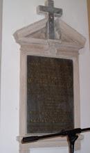 Photo: A csicsói katolikus egyházközség kegyurainak három emléktáblája