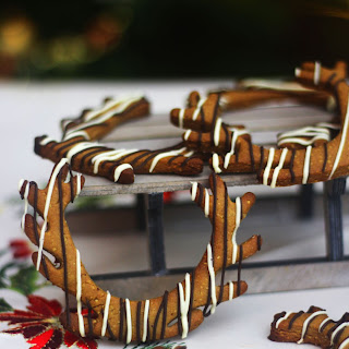 Cookie Swap – Reindeer Antler Lebkuchen with Dark and White Chocolate Drizzle