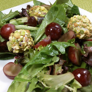 Salad with Grapes and Pistachio-Crusted Goat Cheese