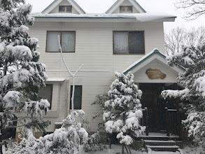 Photo: 【池のほとりの家】の雪景色