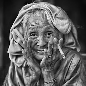 by Alan Fadlansyah - People Portraits of Women