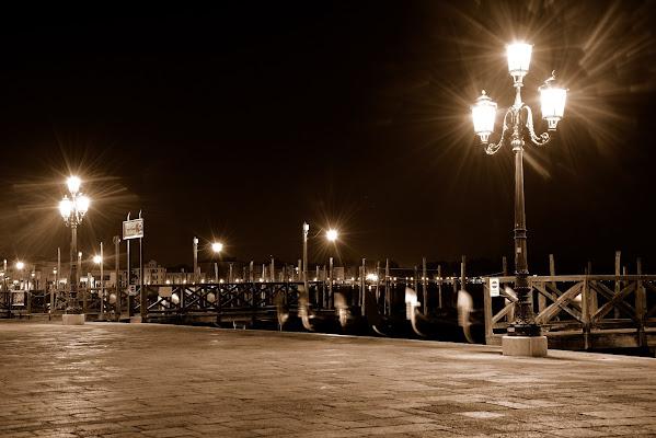 Bagliori su Venezia di Doriana Frau