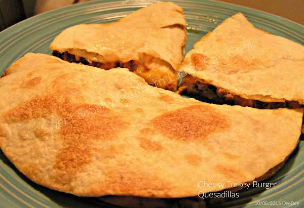 Cheesy Turkey Burger Quesadillas Recipe