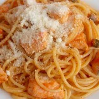 Salmon Pasta with Tomato Sauce
