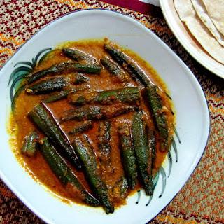 Bhindi Masala Gravy (Okra in Tangy Onion Tomato Gravy)