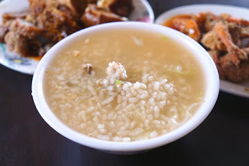 大龍街香菇肉粥