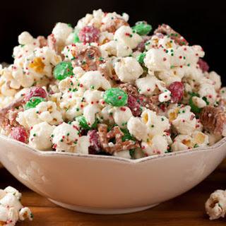 Christmas Crunch {Funfetti Popcorn Christmas Style}