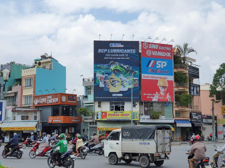 Quảng cáo Pano của dầu nhớt Sonaimex tiếp cận khách hàng tiềm năng