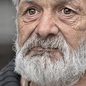 old man - by Katka Kozáková - People Portraits of Men ( colour, sadness, old man, memories, eyes,  )
