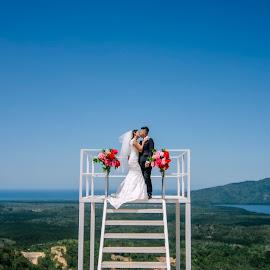 pree wedd by Llurymhays Pwbs - Wedding Getting Ready ( bride & groom )