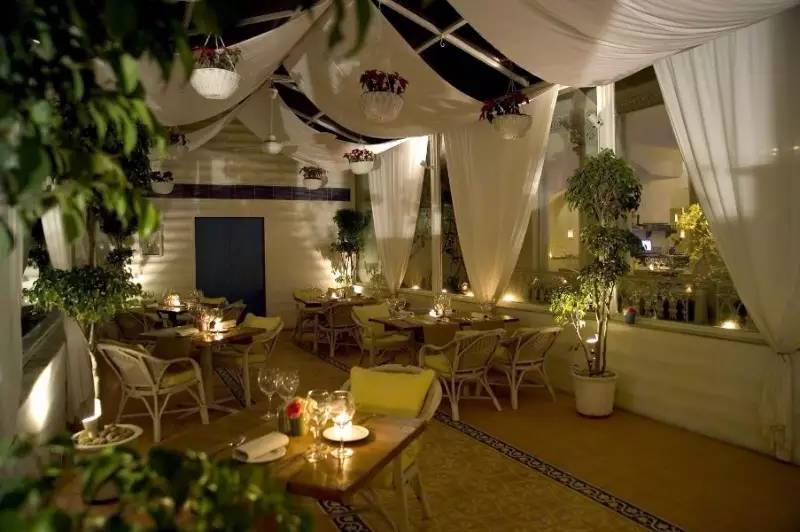 romantic-restaurants-in-bangalore_Olive_Bar_Kitchen_image
