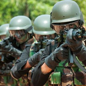 Indonesian National Army by Tofaneo Dean - Professional People Military ( indonesia )