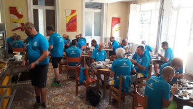 Photo: Petit-déjeuner avant le départ