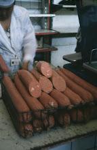 Photo: 03086 ウランバートル/風景/ダライ・エージ(海の母)/食料品専門の市場/ソーセージ