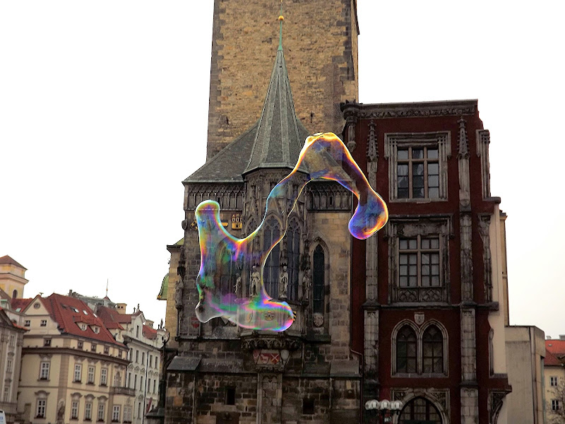 Prague's bubbles di Ibia