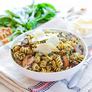 Chunky Walnut Pesto Pasta with Sauteed Baby Portobello Mushrooms.