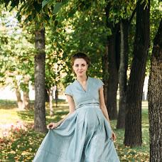 Wedding photographer Valya Lipatova (LipaValenti). Photo of 10.12.2015
