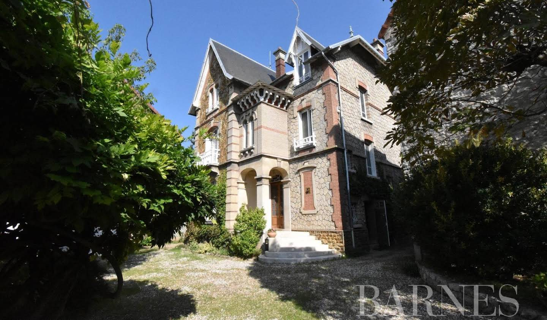 House with pool Mantes-la-Jolie
