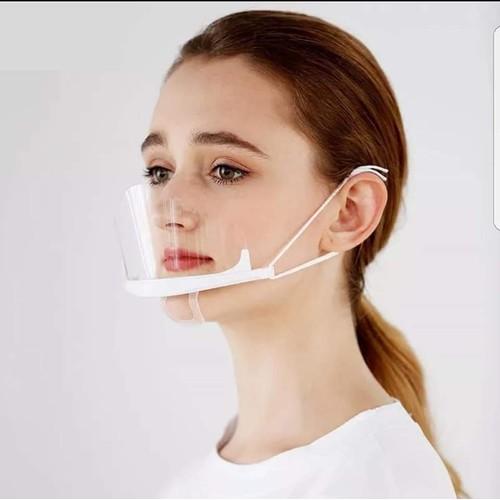 Không dùng hóa chất tẩy rửa mạnh để vệ sinh mặt nạ
