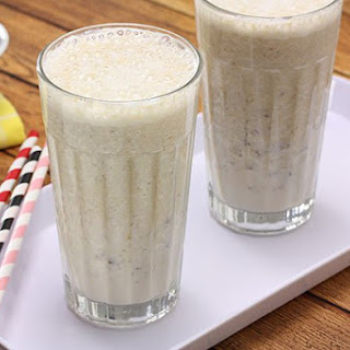 Banana & Chia Boost Smoothie