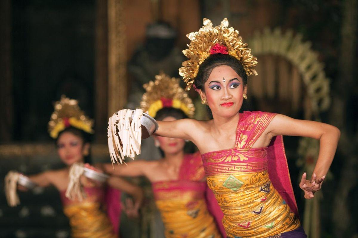 traditional balinese dance