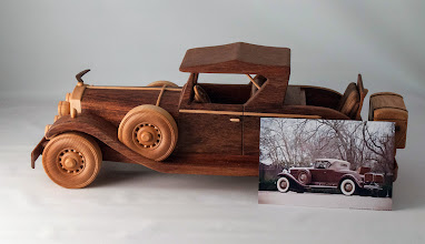 "Photo: Allan Star 16"" 1931 Cadillac Roadster & photo of real car [jatoba]"