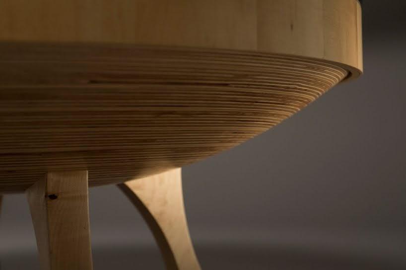 Esta mesa cinética que dibuja con arena ahora estará disponible para el publico