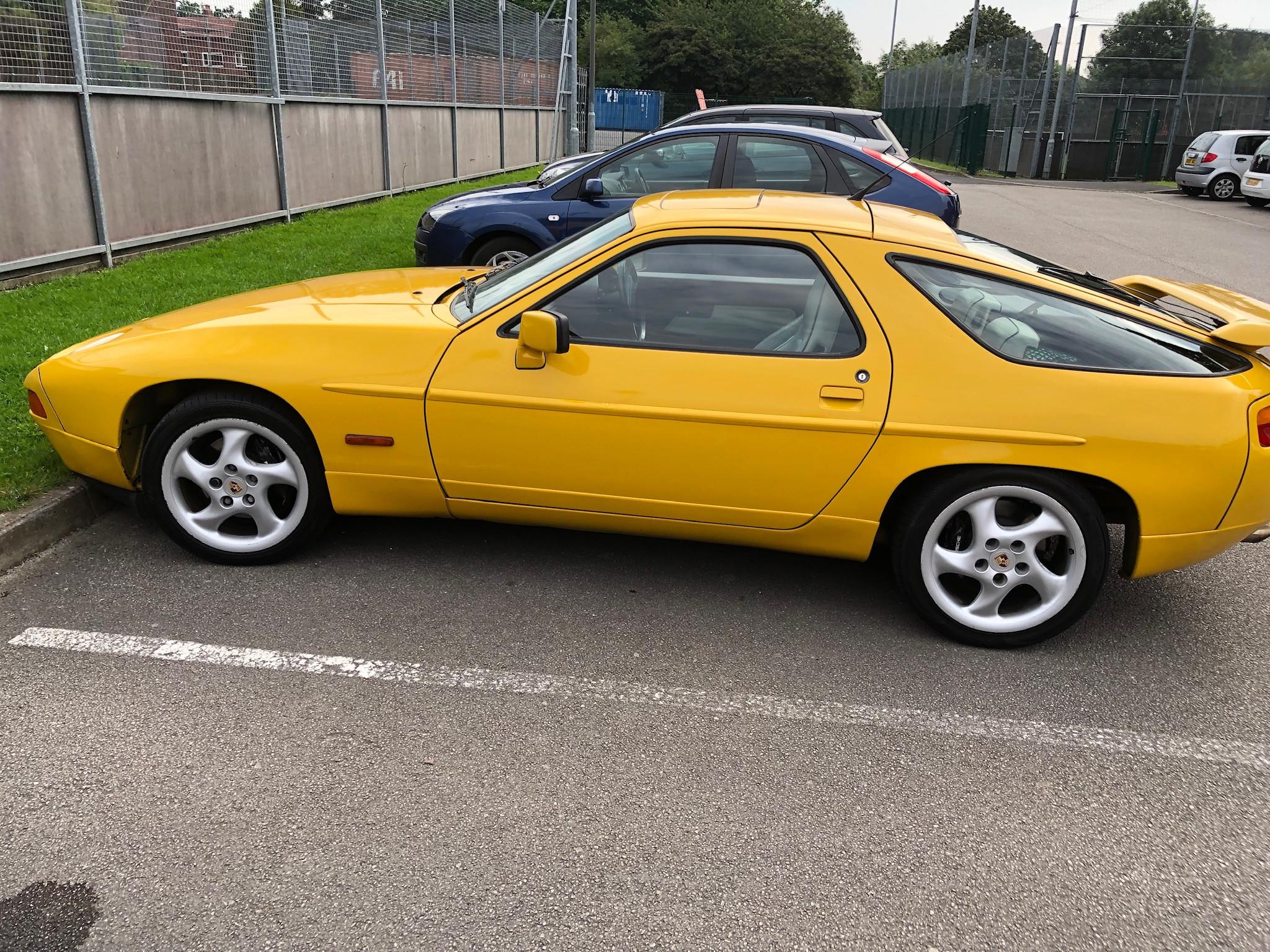 Porsche 928 S4 Hire Macclesfield