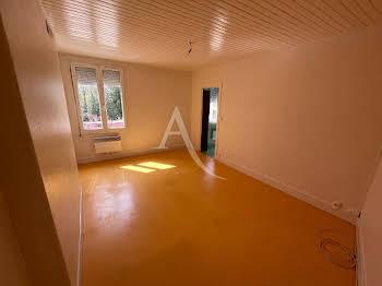 Studio 23,26 m2