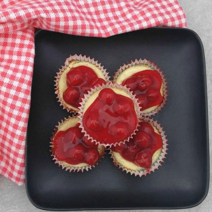 Mini Cherry Cheesecake Cupcake