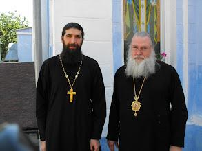 Photo: Padre Siluán y Arzobispo Tikhon de Omsk y Siberia