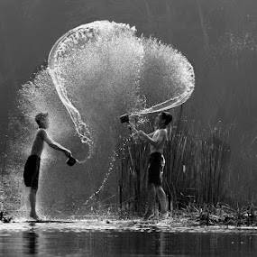 by Muhasrul Zubir - Black & White Street & Candid