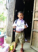 Photo: Pitoon's New School Uniform